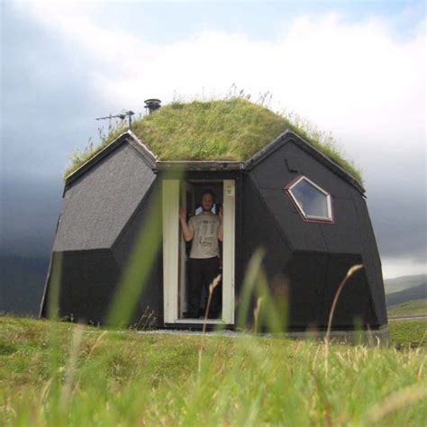 19 Strange And Unusual Homes Around The World  Page 2 Of 5