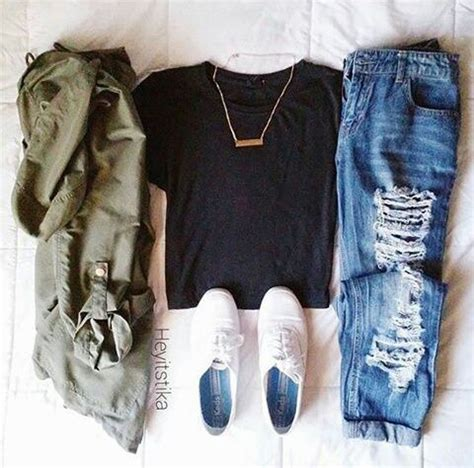 Hipster outfits Outfit styles and Olive green jackets on Pinterest