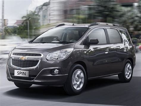 Kedahsyatan Chevrolet Spin Diesel  Review Mobil123com