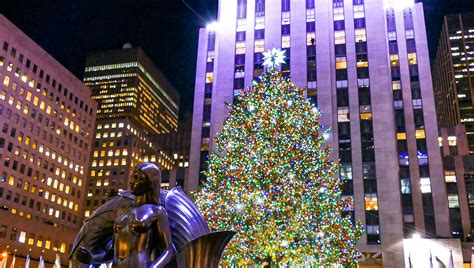 holidays in new york city rockefeller center