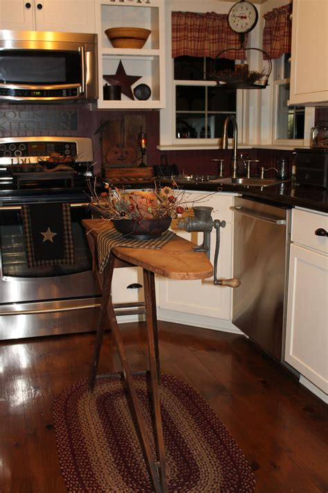 primitive country kitchen decorated  fall country