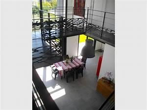 Sejour Style Industriel : zinc et m tal noir pour une villa bordelaise au style industriel ~ Teatrodelosmanantiales.com Idées de Décoration