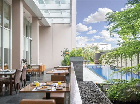 square bandung restaurants  accorhotels