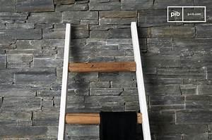 Echelle Decorative Blanche : echelle bois deco id es r cup et recyclage chelle en bois ~ Teatrodelosmanantiales.com Idées de Décoration