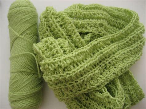 crochet scarf pattern pragueloop ribby crochet scarf free pattern