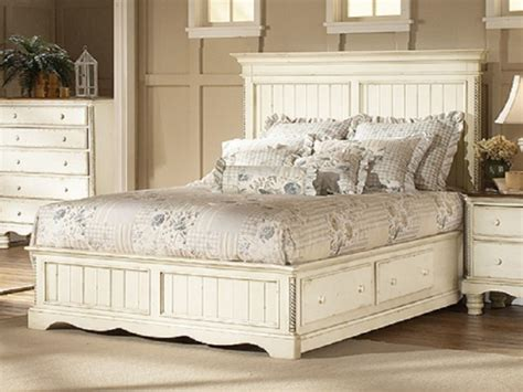 White Distressed Bedroom Furniture by Interior Design Of Bedroom Furniture Antique White