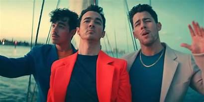 Cool Brothers Jonas Lyrics Song