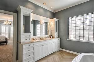 Modern maizy master bathroom remodel for Master bathroom remodel s