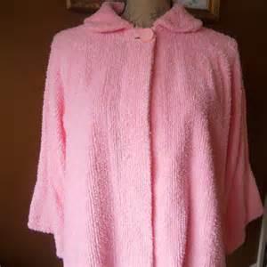vintage chenille bed jacket pink short robe by luluandgandore