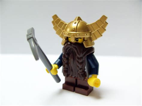 bricker part lego minifig headgear helmet wings