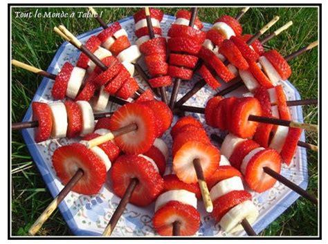 idees de brochettes de fruit originales la recette