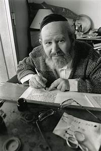 Scribe, Marseille, France, 2006 | The Jewish Lens