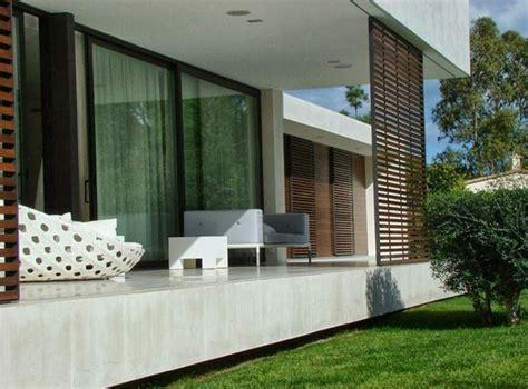contoh gambar desain teras rumah minimalis  model