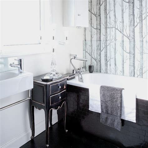 Bathrooms Black And White 2017  Grasscloth Wallpaper
