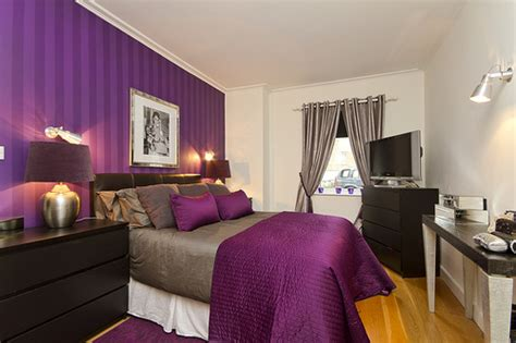 Bedroom Decorating Ideas Purple by Purple Bedroom Decor Ideas With Grey Wall And White Accent