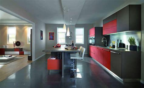 solde cuisine schmidt une cuisine ouverte sur le salon faire construire sa maison