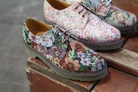 lavish summer floral shoes dr martens  mens footwear