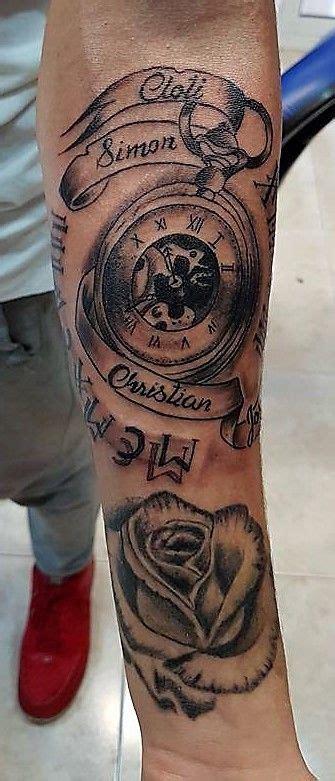 tatuaje antebrazo hombre reloj tiempo rosa tattoo rose