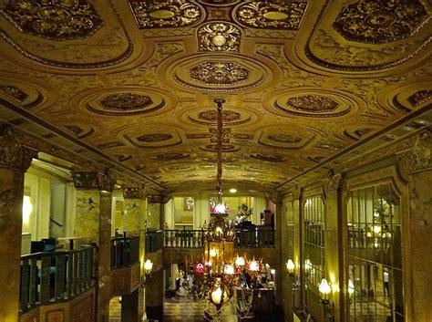 Lobby Ceiling For The Arlene Schnitzer Concert Hall