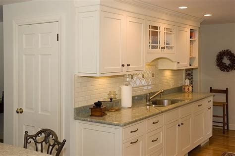 Wainscoting Kitchen Cabinets   Home Designs