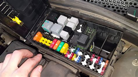 ford focus ac relay  fuse location youtube