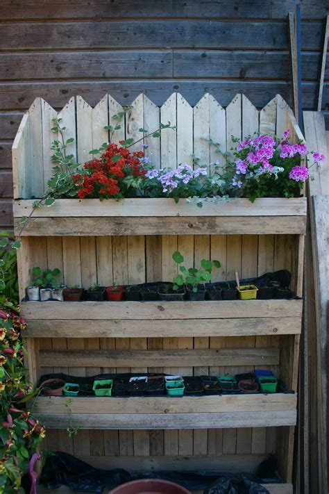 decorative vertical pallet planter mur vegetal