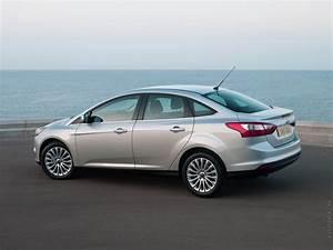 Ford Focus 3 : notice ford focus iii mode d 39 emploi notice focus iii ~ Nature-et-papiers.com Idées de Décoration