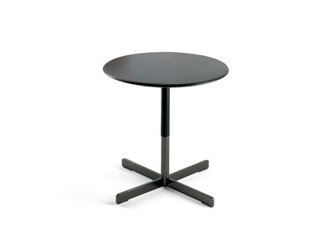 Buy The Poltrona Frau Bob Side Table At Nest.co.uk