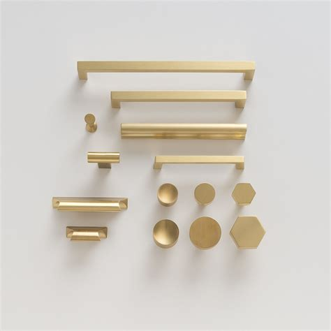 Brass Kitchen Hardware Uk by Edgecliff Pull Brass Home Dec Ideas Brass