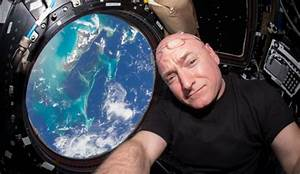 Did NASA Astronaut Scott Kelly Just Admit To Seeing Aliens ...
