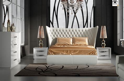 Miami White Leather Modern Contemporary Bedroom Set By Esf