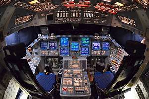 Rare, last look inside space shuttle Atlantis (photos ...
