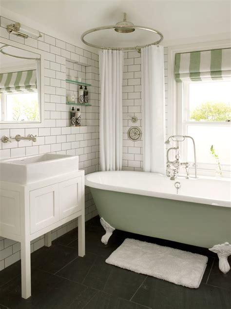 Modern Bathroom With Clawfoot Tub by Astonishing White Clawfoot Tub Bathroom Traditional With