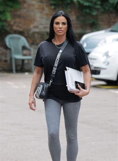 13 hours ago · katie price's £50,000 engagement ring from carl woods 'taken during alleged assault' kim novak wednesday 25 aug 2021 7:59 am share this article via facebook share this article via twitter. KATIE PRICE Out and About in Essex 06/16/2020 - HawtCelebs