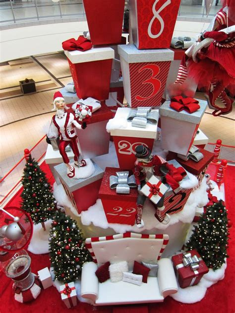 christmas decoration visual 495 best visual merchandising images on deco decor