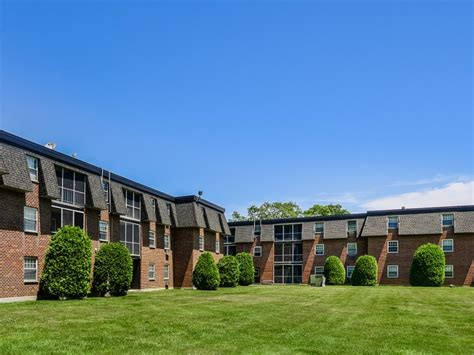 1 bedroom apartments worcester ma tatnuck arms apartment homes rentals worcester ma
