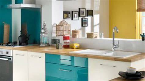 peinture pour mur de cuisine couleur tendance chambre adulte 12 cuisine mur bleu