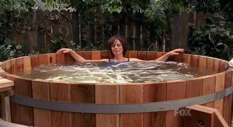 Malcolm In The Middle Tub by 5x10 Tub Malcolm In The Middle Gallery Photos