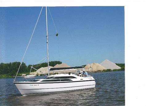 Boat Trader Macgregor 26 by 2010 Macgregor 26m 26 Foot 2010 Sailboat In Lake