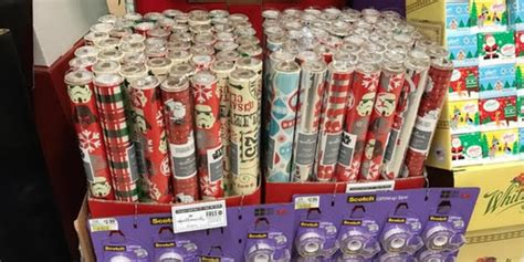 holiday wrapping paper    roll  publix
