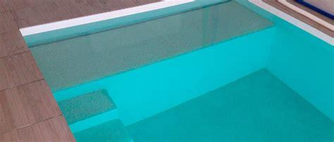 revetement sous piscine hors sol revetement sous piscine rev 234 tements modernes du toit