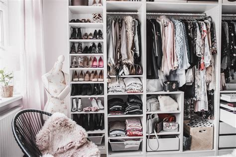 Begehbarer Kleiderschrank Tipps by Ankleidezimmer Planen