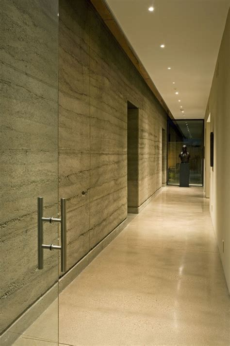 splendid rammed earth house  arizona