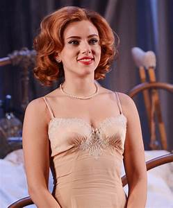 Scarlett Johansson Opens Up About Her First Fully Nude ...