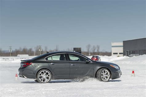 Buick Dealer by Chicago Buick Gmc Dealer Offers Free Cars If There S A
