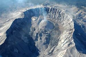 Volcanoes    To Ooze Or To Boom