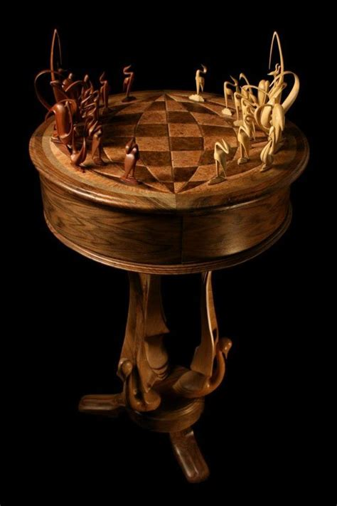 chess set the protects king
