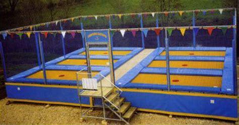 tappeti elastici bambini noleggio giochi e gonfiabili per bambini
