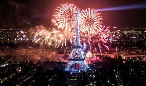 paris  years eve fireworks eiffel tower fireworks