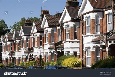 English Homesrow Of Typical English Terraced Houses At